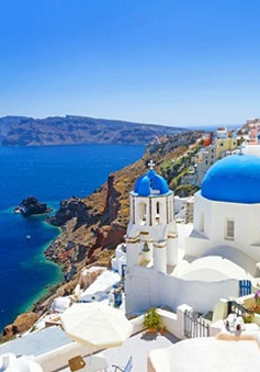 Những đám cưới đã cứu Santorini, Hy Lạp thoát khỏi suy thoái kinh tế