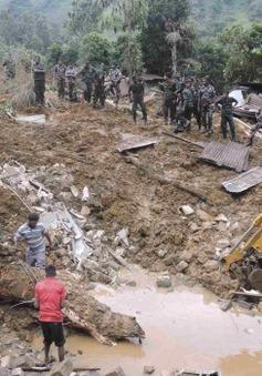 Sri Lanka: Nhân viên cứu hộ chạy đua thời gian tìm kiếm nạn nhân vụ lở đất