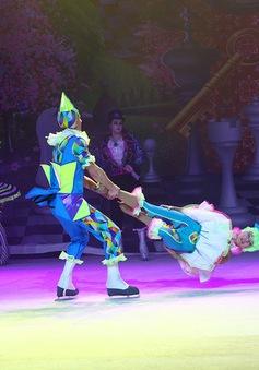 Lần đầu tiên biểu diễn xiếc trên băng ở Việt Nam