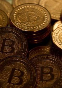 Sự kiện kinh tế quốc tế nổi bật trong tuần: Giá Bitcoin lao dốc mạnh