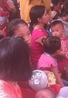 Gia tăng bệnh chân tay miệng tại Hà Nội và TP.HCM