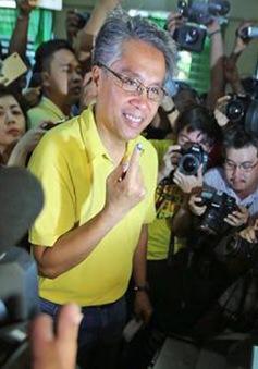 Ứng viên Tổng thống Philippines Mar Roxas thừa nhận thất bại