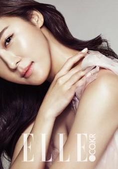 """Ha Ji Won dẫn đầu bình chọn """"Nữ diễn viên có cảnh hôn gượng gạo nhất"""""""
