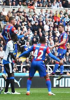 Newcastle thắng, Sunderland hòa, Premier League nóng bỏng cuộc đua ngược