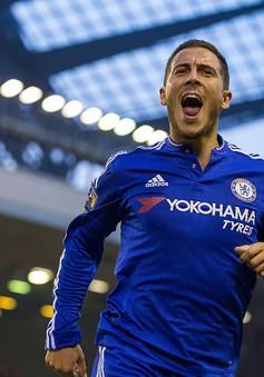 Sững sờ với pha solo ghi bàn hoàn hảo của Hazard vào lưới Liverpool