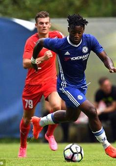 Tân binh 33 triệu Bảng của Chelsea lập cú đúp trong trận đấu bí mật