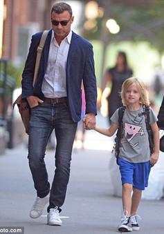 Liev Schreiber và Naomi Watts vẫn gần gũi sau chia tay