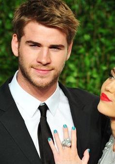 Miley Cyrus ngây ngất khi về bên tình cũ