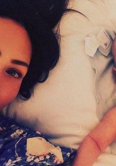 Megan Fox khoe ảnh con trai mới sinh