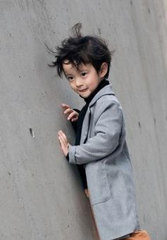 """Tuần lễ thời trang Hàn Quốc: Trẻ con """"chất lừ"""" không thua gì người lớn!"""