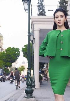 Á hậu Huyền My hóa quý cô thanh lịch trên phố Tràng Tiền