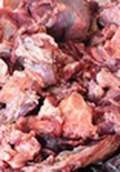 Phát hiện cơ sở chế biến hơn 6 tấn nội tạng động vật trái phép