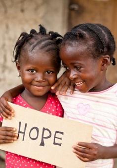 """""""Hãy cho chúng tôi 1 năm"""" - Chiến dịch cách mạng hóa giáo dục ở Liberia"""