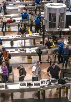 Mỹ thống nhất tăng cường an ninh sân bay sau vụ khủng bố ở Brussels