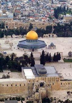 Israel tạm đóng cửa khu đền Al-Aqsa ở Đông Jerusalem đối với người Do Thái