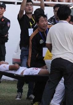 Hậu vệ Văn Pho không bị gãy xương, tổn thương nội tạng như dự đoán