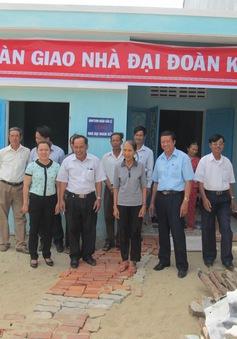 Sơn La bàn giao 80 nhà Đại đoàn kết cho các hộ nghèo