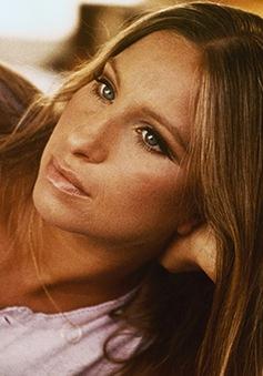 Barbra Streisand - thần tượng âm nhạc của mọi thần tượng