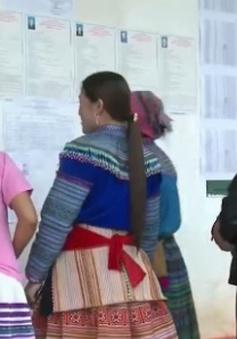 Đồng bào dân tộc thiểu số tại Sơn La, Lào Cai tích cực đi bầu cử