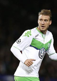 """""""Thánh"""" Bendtner trở lại Anh đối đầu… Arsenal"""