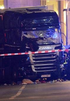 Xe tải đâm vào chợ Noel tại Đức: 12 người chết, 48 người bị thương