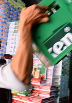 """TP.HCM: Khan hiếm bia cục bộ do tình trạng giữ hàng, """"làm giá"""""""