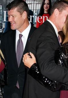 Không chỉ đòi tiền, Mariah Carey còn đòi hôn phu cũ mua biệt thự