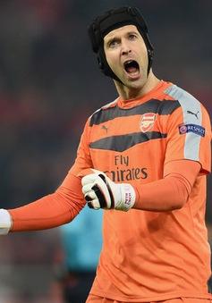 Petr Cech vào sách kỷ lục Guinness