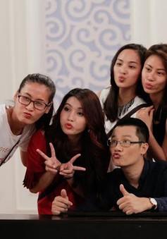 Hoa khôi áo dài Việt Nam:  Ca sĩ Hoàng Bách thích thú trước khả năng ca hát của thí sinh