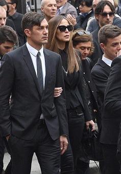 Paolo Maldini và dàn sao AC Milan tiễn biệt Ceasar lần cuối
