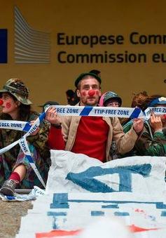 Người dân Bỉ biểu tình phản đối Hiệp định thương mại tự do EU-Canada