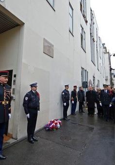 Pháp tưởng niệm 1 năm vụ khủng bố tòa soạn báo Charlie Hebdo