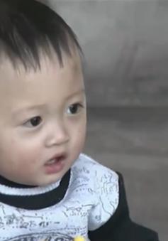 Mang lại sự sống cho bé trai 2 tuổi bị tim bẩm sinh