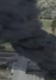 Cháy hơn 130.000 lốp xe tại Australia, khói đen ngụt trời