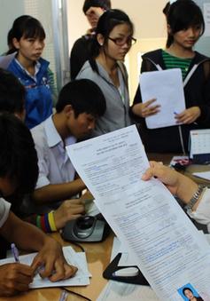 """Nhiều trường ĐH """"hoang mang"""" trước quy định giảm chỉ tiêu sinh viên"""