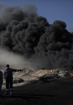 Iraq nỗ lực dập tắt các giếng dầu bị IS đốt cháy