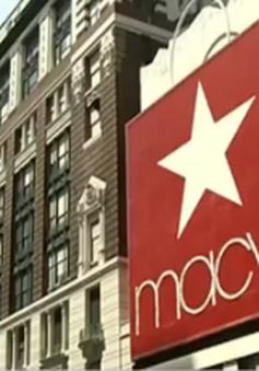 Chứng khoán ngành bán lẻ Mỹ giảm điểm mạnh nhất trong 5 năm
