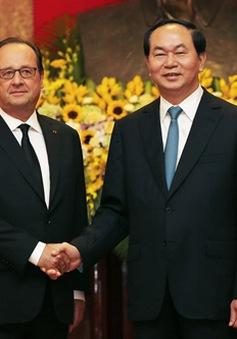 Chủ tịch nước gặp Tổng thống Pháp