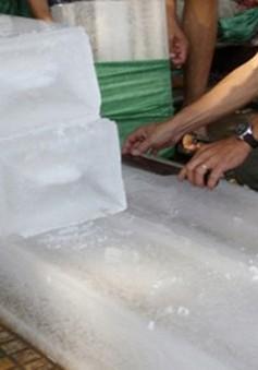 80% cơ sở sản xuất nước đá tại TP.HCM không đủ điều kiện VSATTP