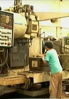Chậm phát triển công nghiệp hỗ trợ và cơ khí chế tạo