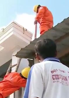 Hơn 4.000 hộ nghèo Nam Bộ được lắp công tơ điện miễn phí