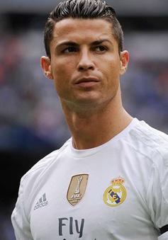 "Bất lực tại Real, Cristiano Ronaldo đã ""cầu cứu"" Barcelona?"