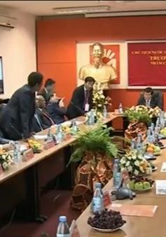 Chủ tịch nước thăm Công ty Movitel