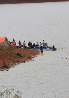 Tìm thấy thi thể 2 nạn nhân chết đuối ở hồ thủy điện Đại Ninh
