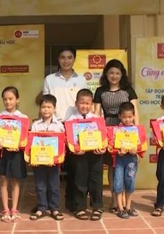 Giải xe đạp Quốc tế VTV - Cúp Tôn Hoa Sen 2016: Cùng em đi học tại Hà Nội