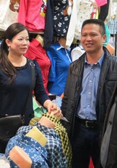 Đại sứ Việt Nam tại LB Nga thăm Trung tâm Thương mại Moscow