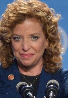 Chủ tịch Ủy ban Quốc gia đảng Dân chủ Mỹ tuyên bố sẽ từ chức