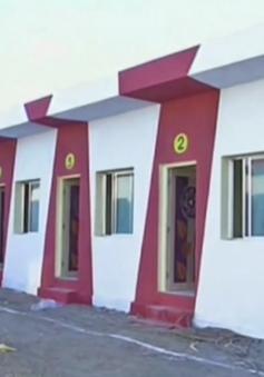 Doanh nhân Ấn Độ xây 90 nhà từ thiện làm quà cưới cho con gái