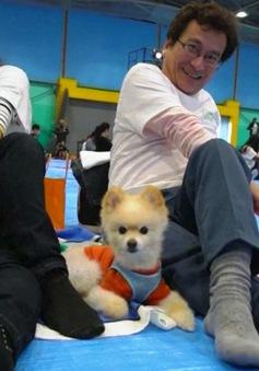 Kỷ lục tập yoga cùng cún cưng tại Nhật Bản