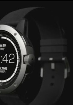 Đồng hồ đeo tay chạy bằng nhiệt cơ thể